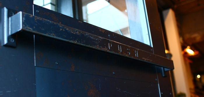 鉄製ドアハンドルのカスタム例-アイアンドア用