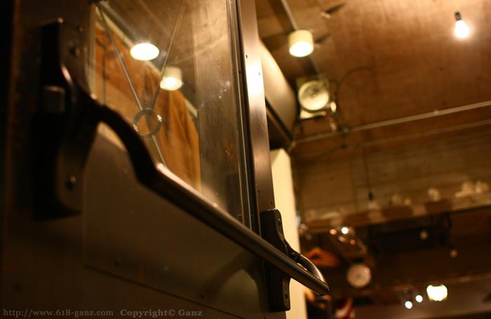鉄ドア用ハンドルのカスタム例01