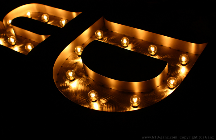 マーキーライトは光量を結構落とした設定