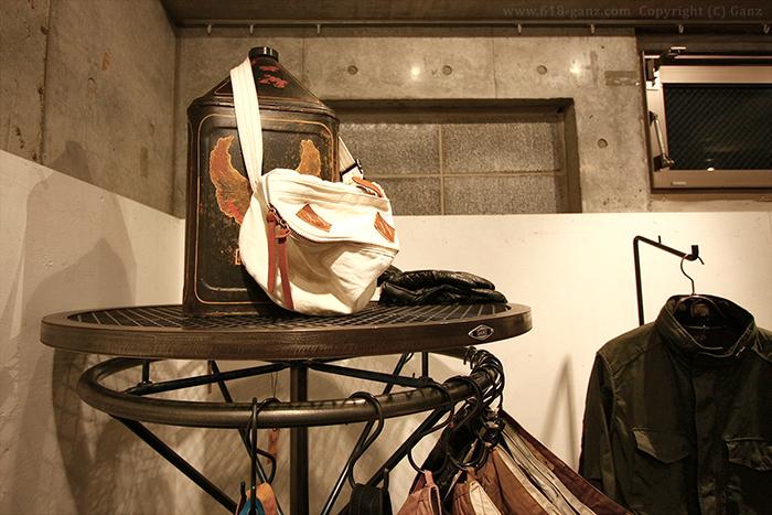 メッシュ棚を使用したサークルハンガーラックのイメージ